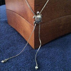 ❗️ClosetClosing❗️🐢Vintage turtle lariat necklace